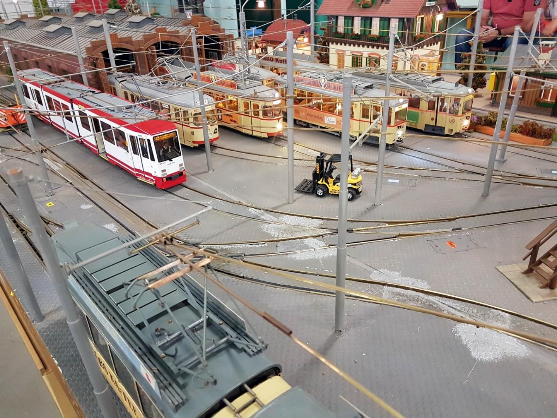 Selten gezeigt und im höchsten Maße dem Original entsprechend, Straßenbahnen im Format 1:22,5