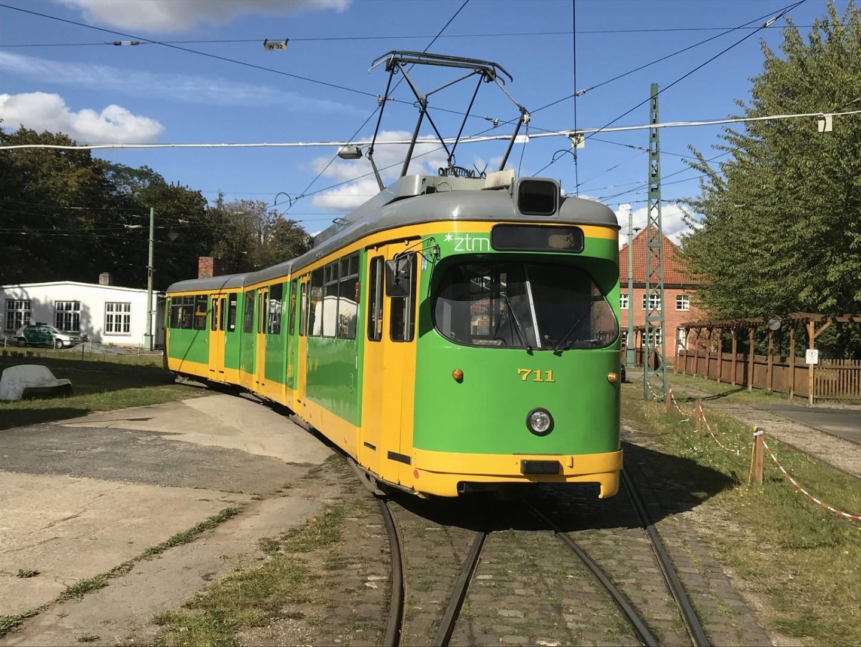 DÜWAG-Gelenkwagen 711 aus Poznan